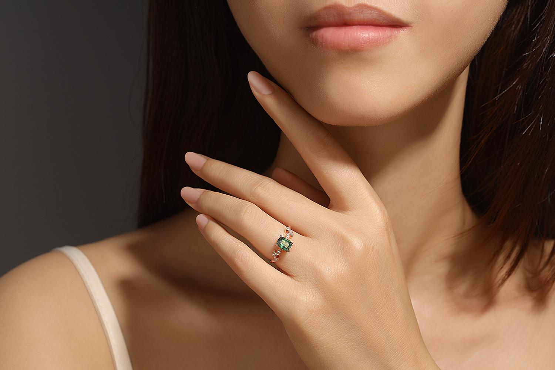 Bague or rose saphir diamant
