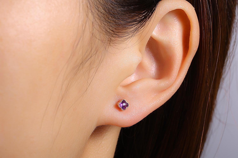 Boucles d'oreilles or rose améthyste